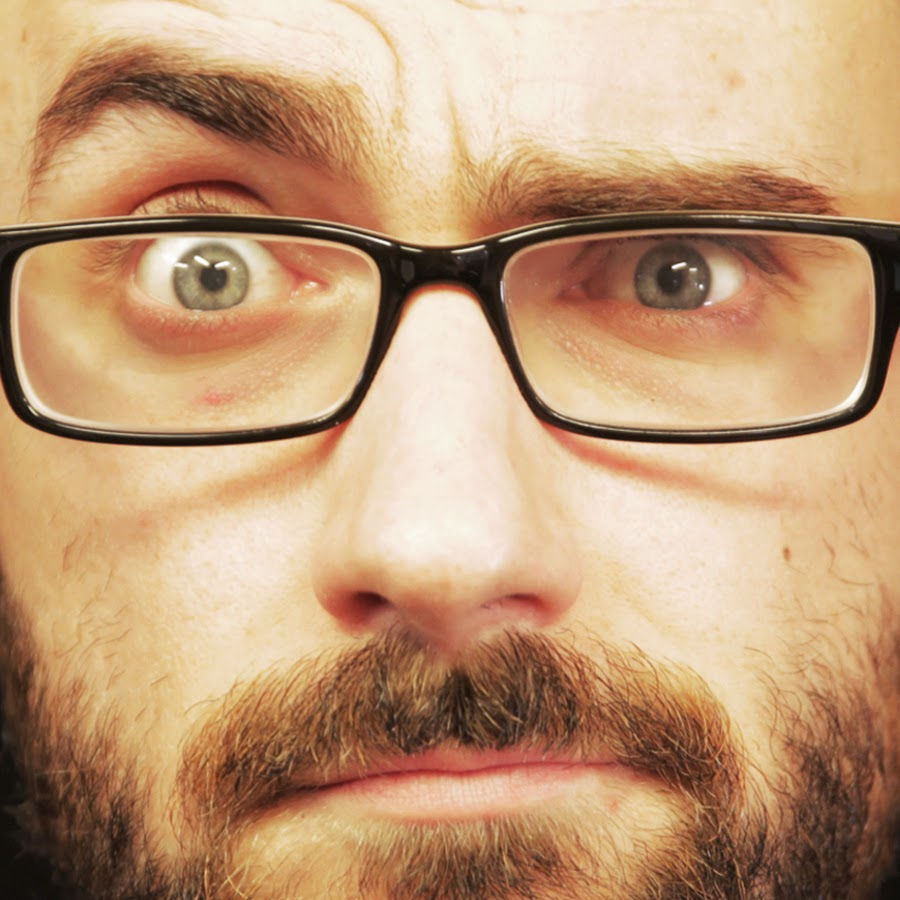 Vsauce reviewing stuff